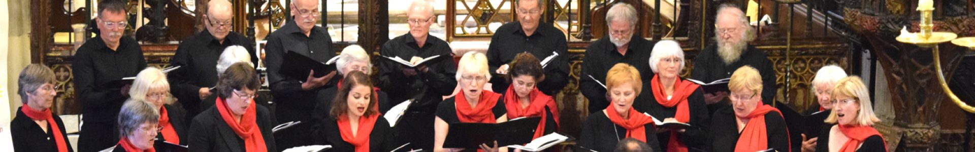 Chorale sings at Croome Court